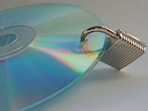 cd-with-lock